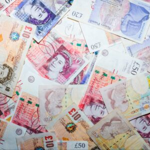 £1000 cash prize competition